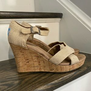 TOMS Woman's Wedges Shoes Size 8